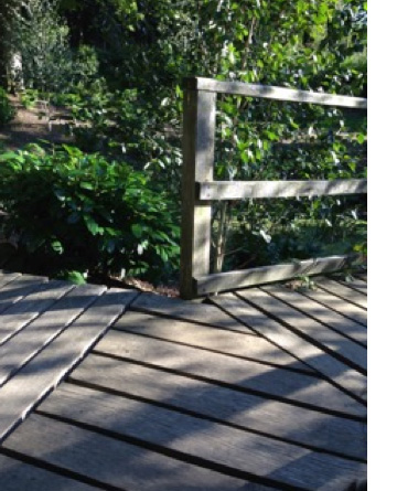 decking path splitting into two
