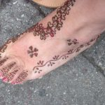 henna design on foot